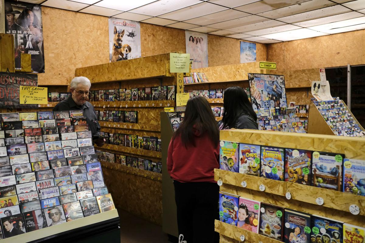 RJ Movie Shoppers