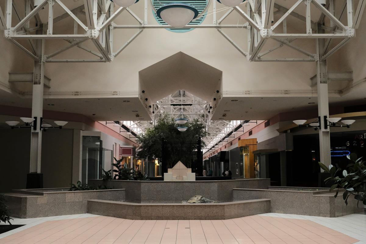 Dark Mall