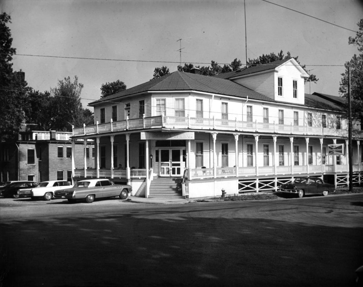 Original Springs Hotel — Okawville