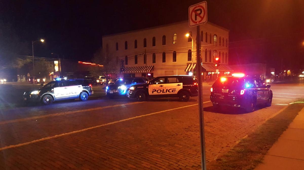 4 injured in Friday night downtown Carbondale shooting
