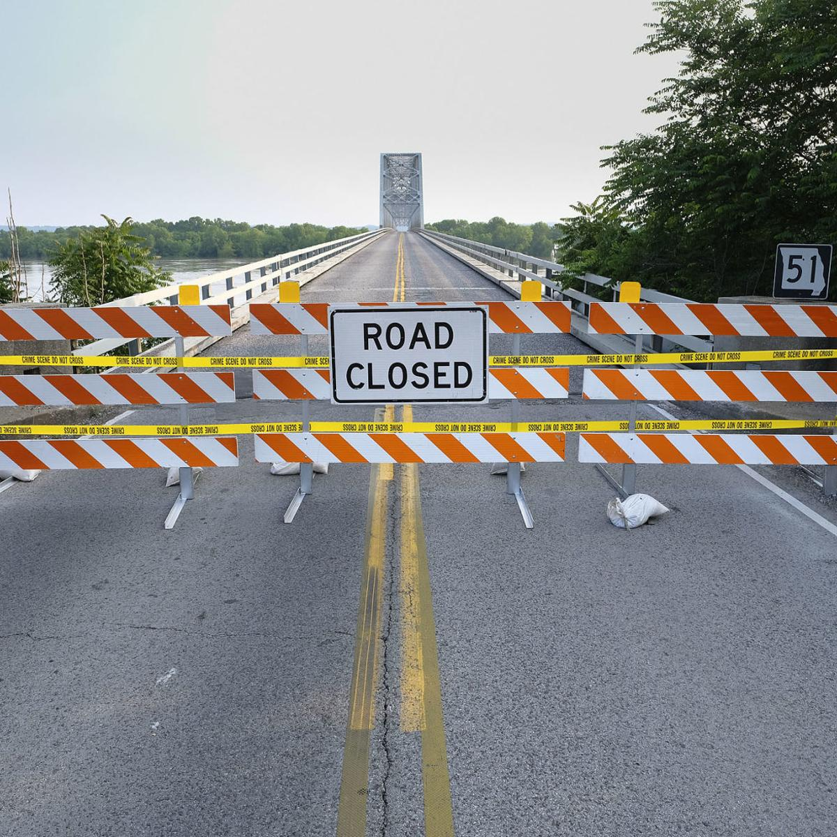 Road closures continue in Southern Illinois as floodwaters