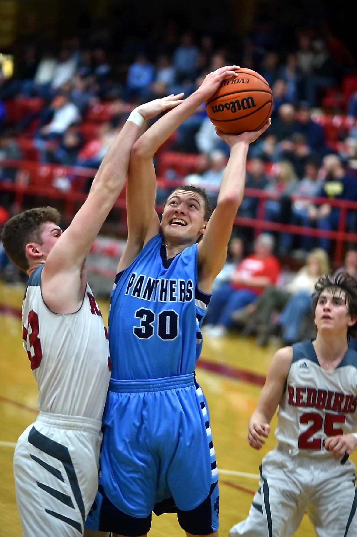 Frankfort Community High School Boys Basketball Hosts Pinckneyville
