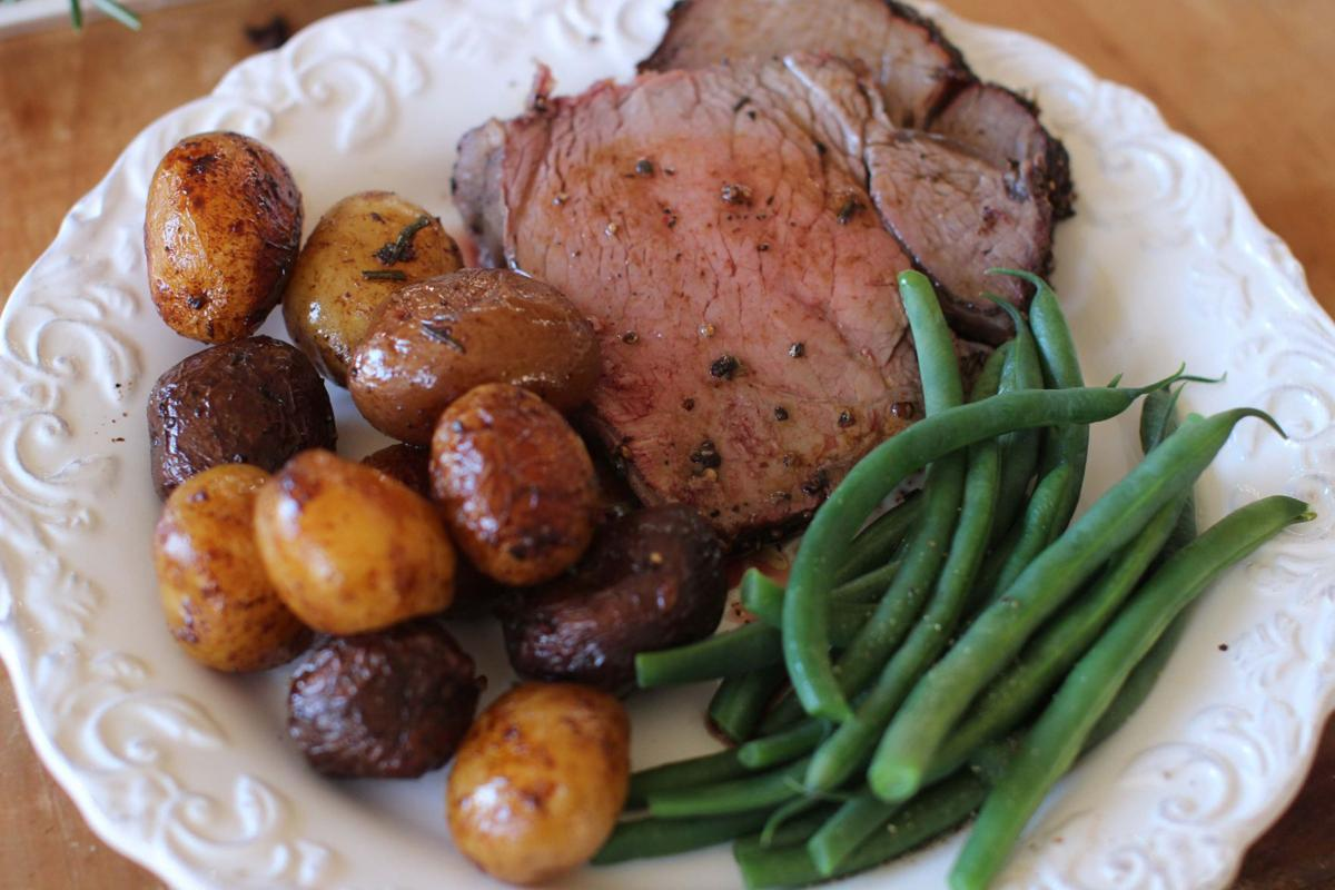 Want an easy festive christmas dinner you want beef for Hamburger dinner ideas for tonight