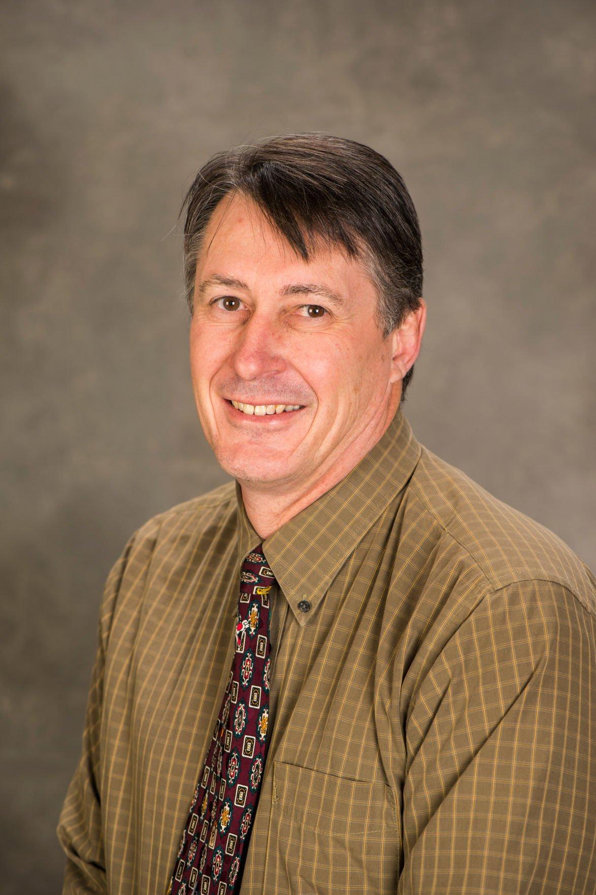 Michael Eichholz - Associate Professor - Zoology