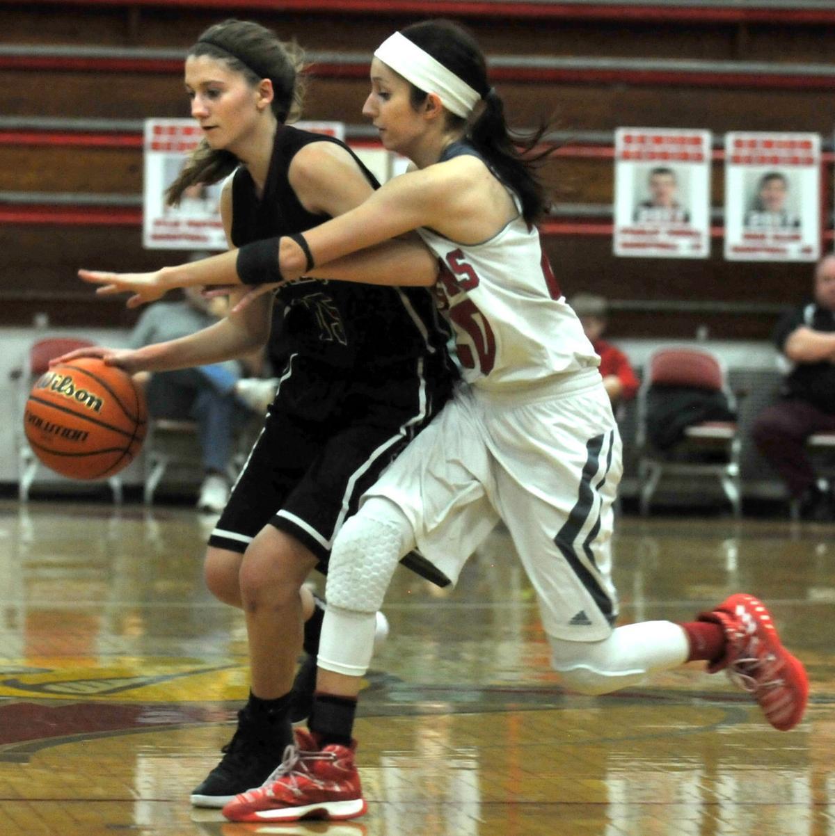 Frankfort Girls Basketball Hosts Sesser-Valier-Waltonville