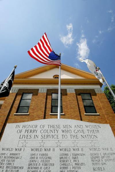 Perry County Veterans Memorial damaged in car crash