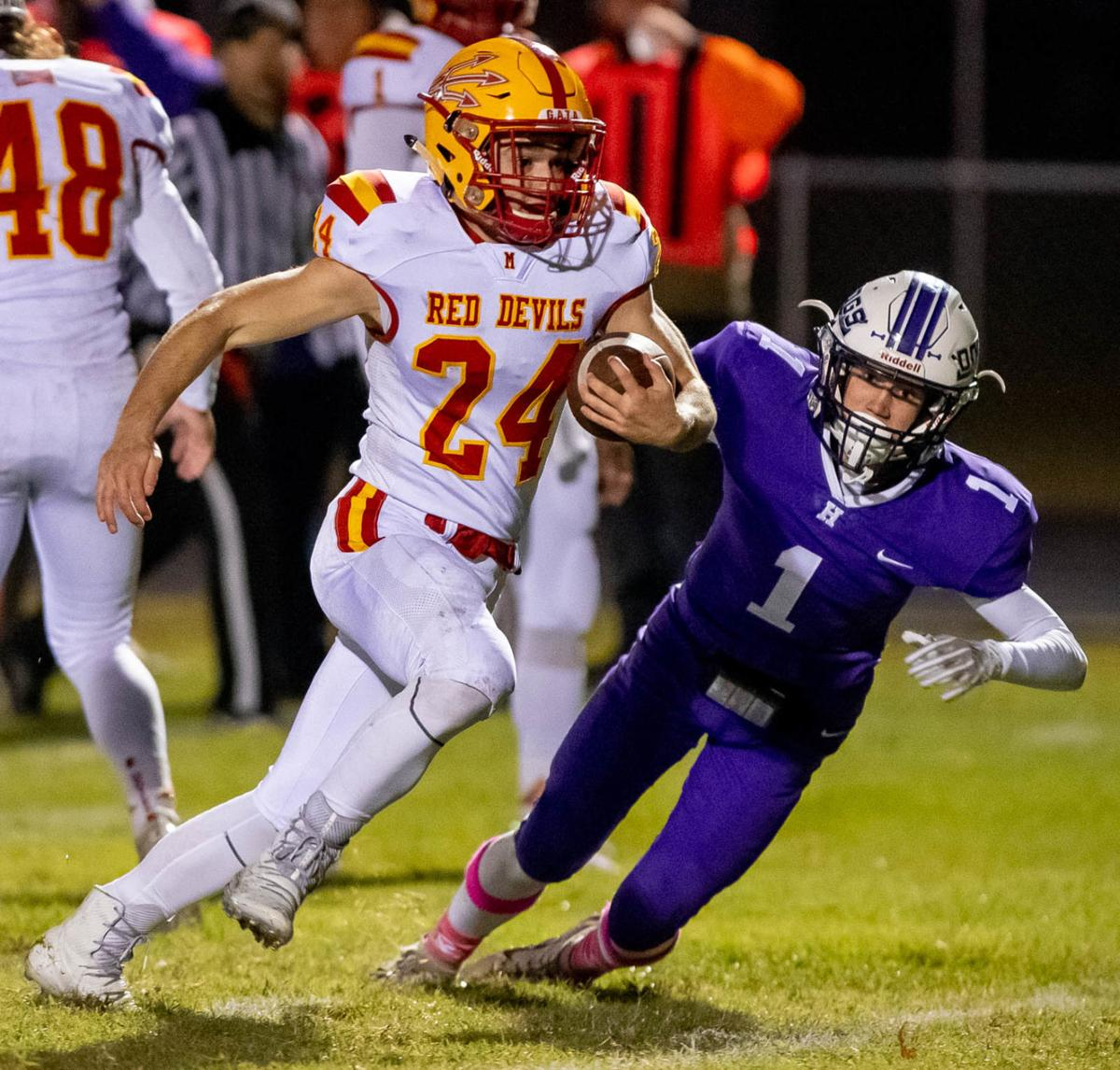 Murphysboro Red Devils at Harrisburg Bulldogs