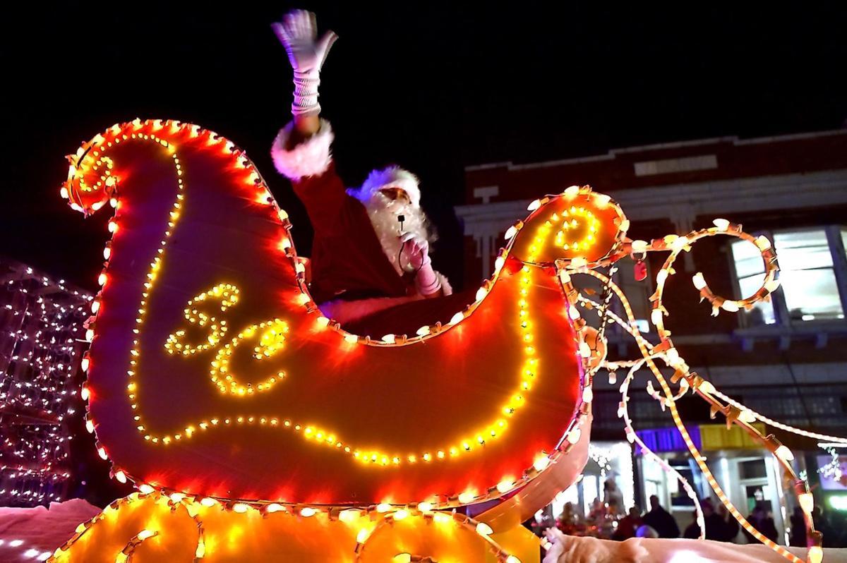 Carbondale Connections | Lights Fantastic Santa Claus