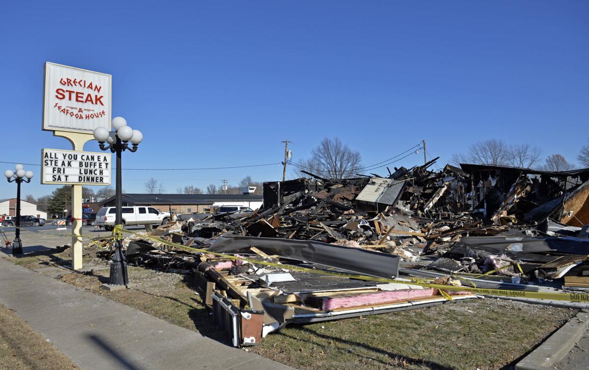 122817-nws-pinckneyville-fire-1.jpg