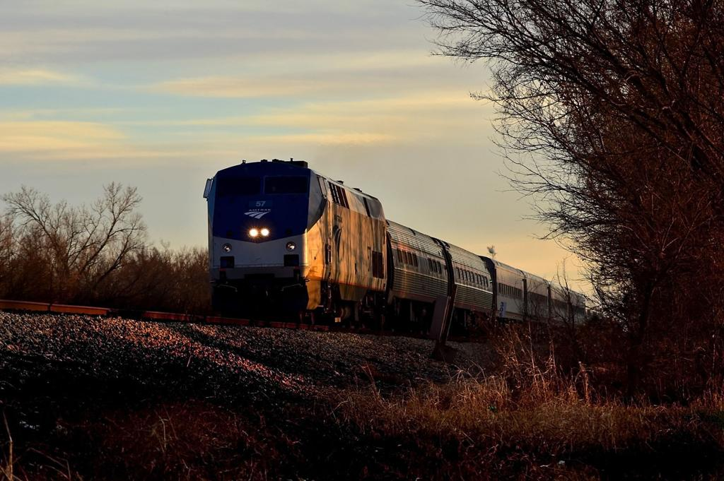 IDOT, Amtrak reach agreement on train service