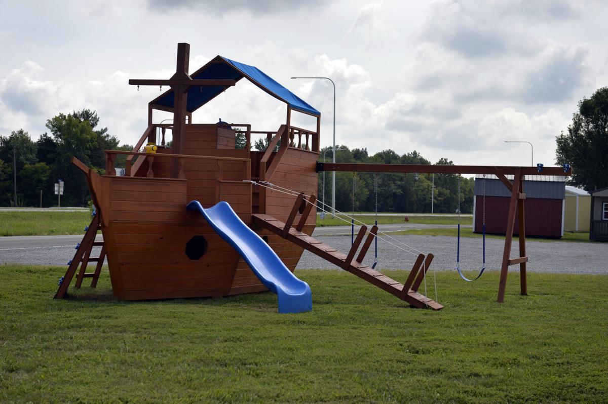 081218-biz-playground-2.jpg