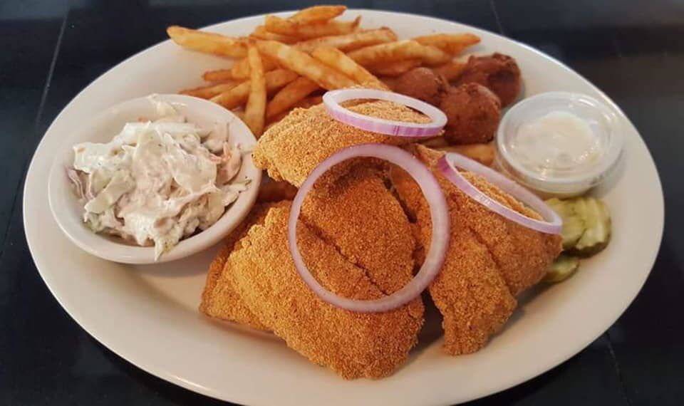 CAR_AnchorGrille_SeafoodPlate_C_Web.jpg