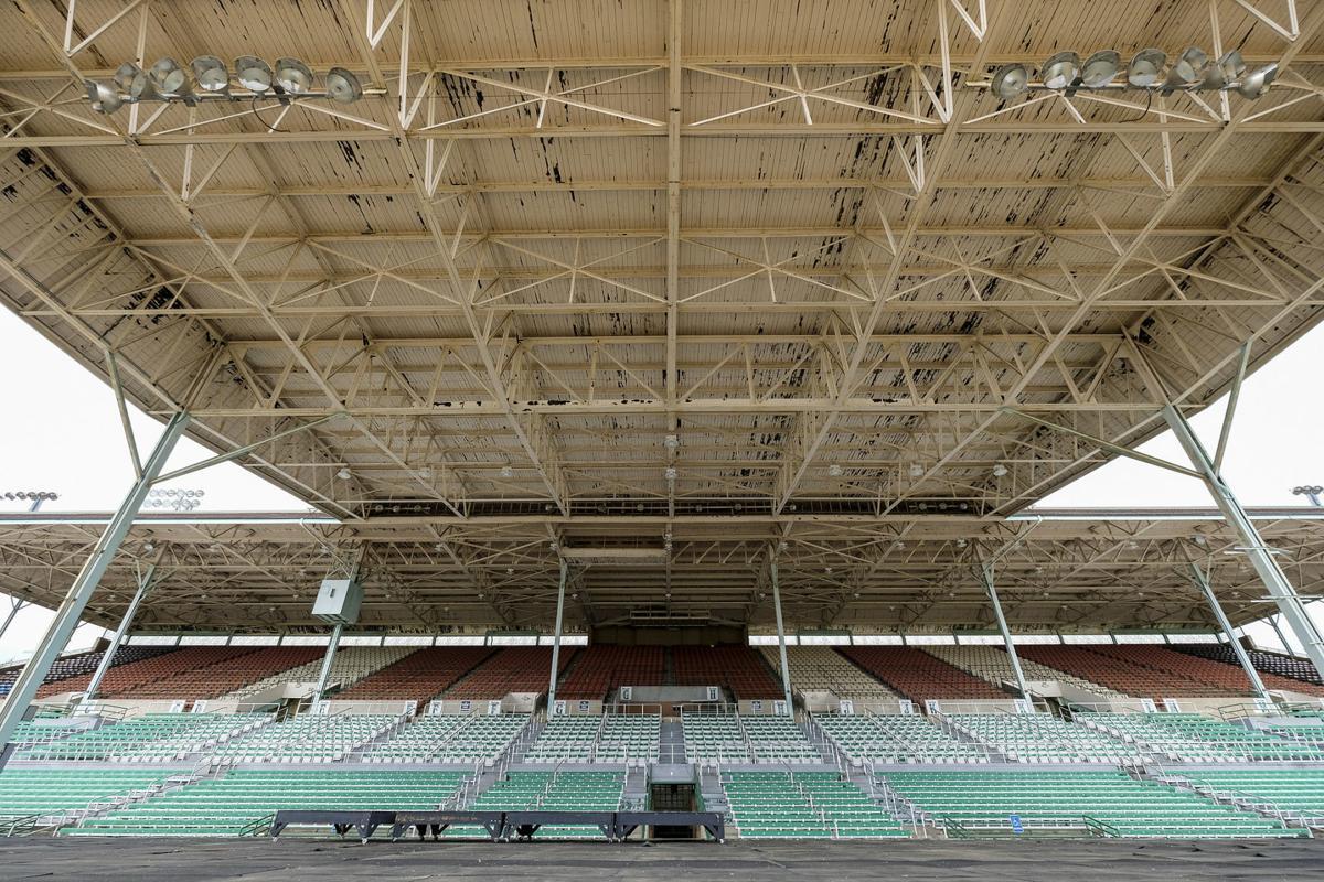 Du Quoin State Fairgrounds grandstand