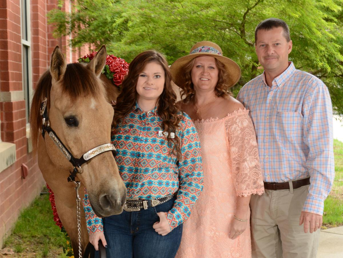 Social Seen: Sweethearts of the Saddle Derby Day Gala