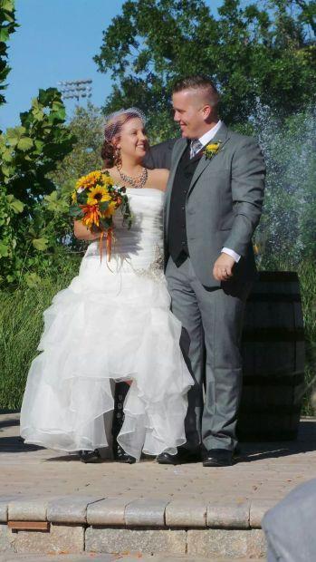 101214-fea-social-wed-bower-001.jpg