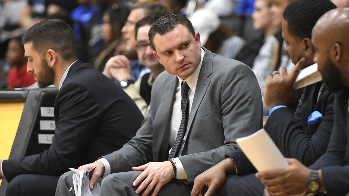 SIU assistant coach Pat Monaghan