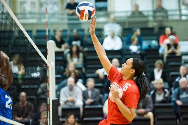 101614-spt-volleyball-allyn