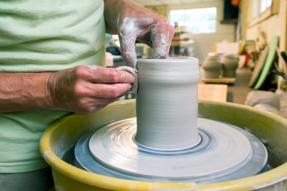 Stephen Grimmer Creates Beautiful And Usable Ceramics And