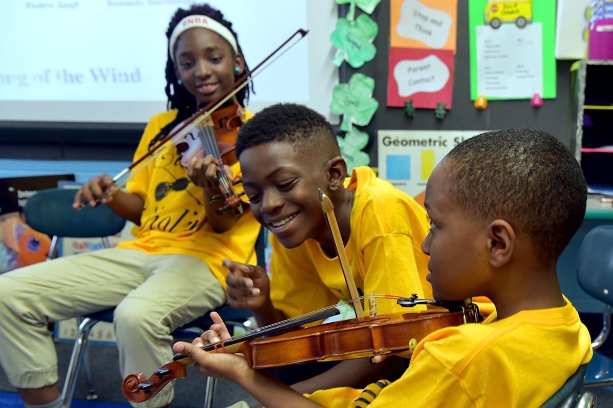 Cairo Elementary Violin Program