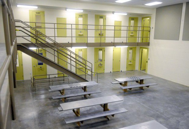 Inmates: No heat, hot water at Williamson County Jail