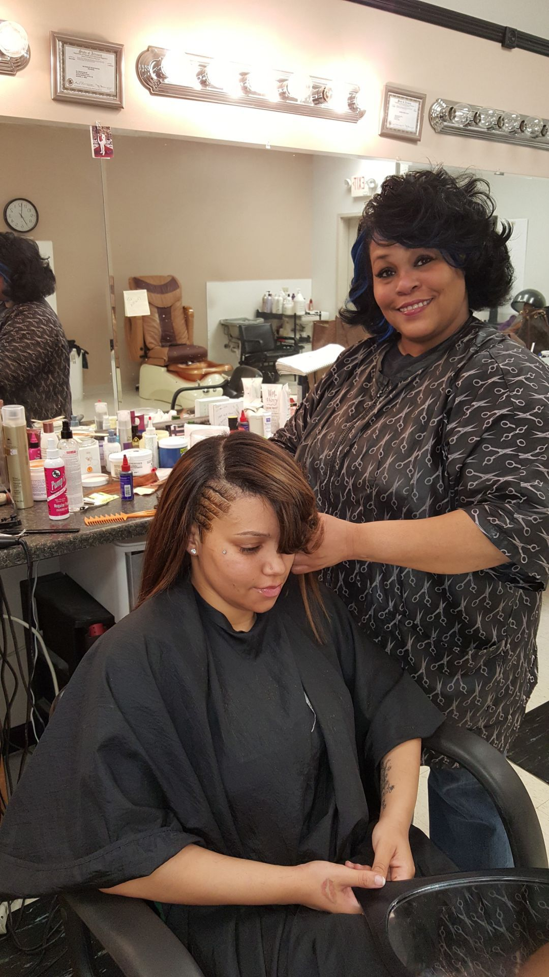 Illinois pulaski county mounds - Suzette Cole Owner Of Nu Visionz Hair Salon In Mounds