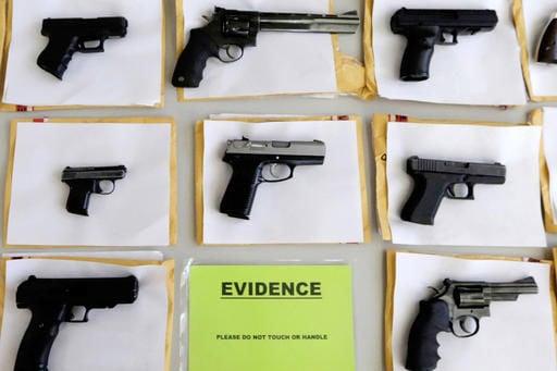 Illinois want gun traffickers to get long prison sentences