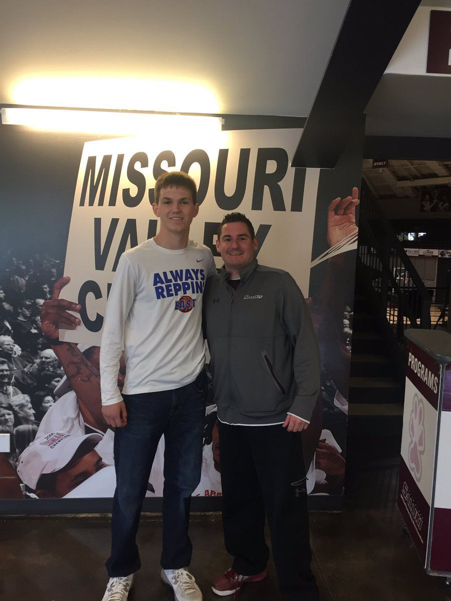 Lincoln Way East S Sam Shafer Commits To Siu Men