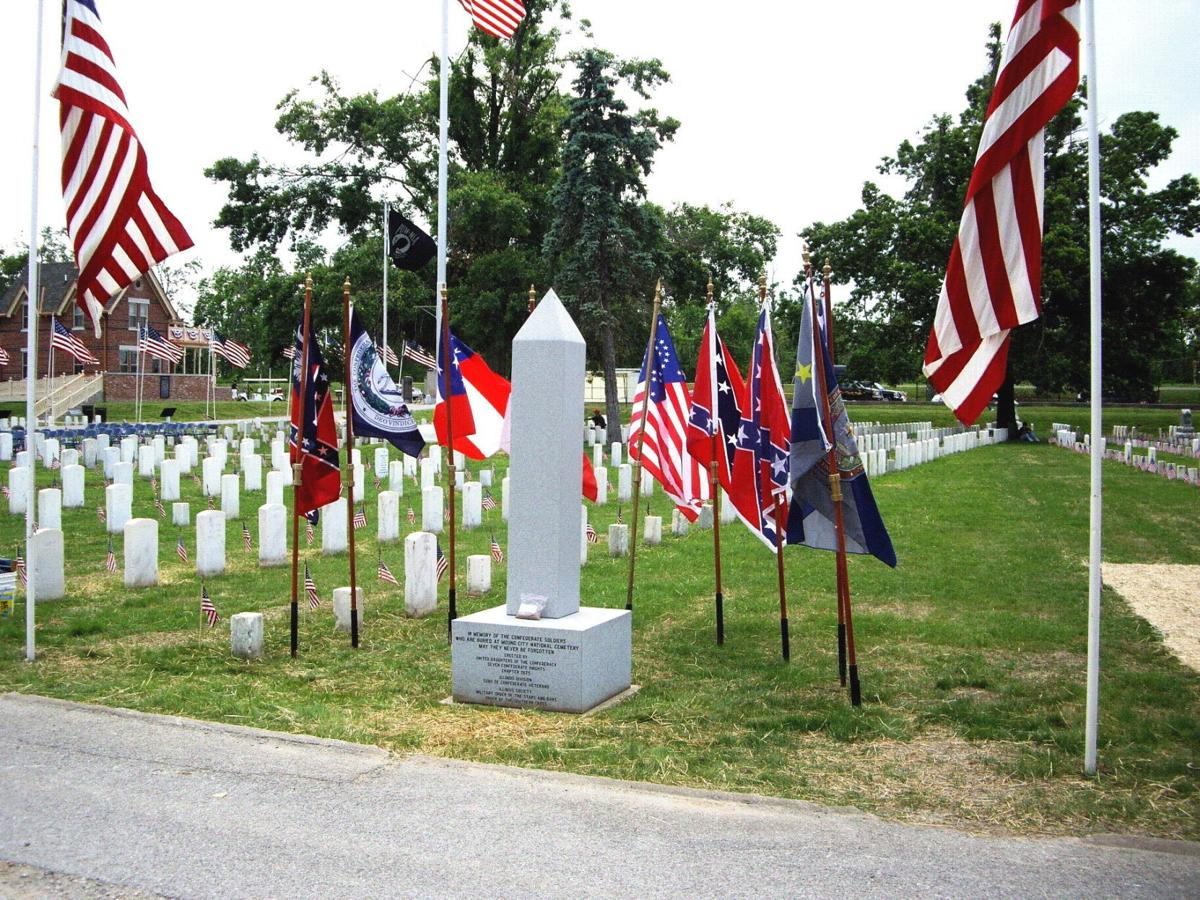 Confederate flag still prevalent in southern illinois