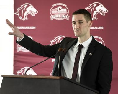SIU mens basketball coach Bryan Mullins