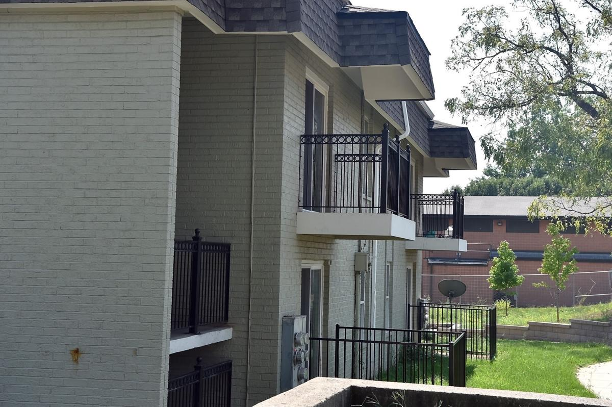 In wake of cairo housing fiasco concerns raised about hud for Southern illinois home builders