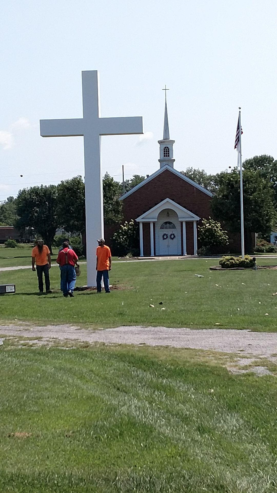 Du Quoin's large cross