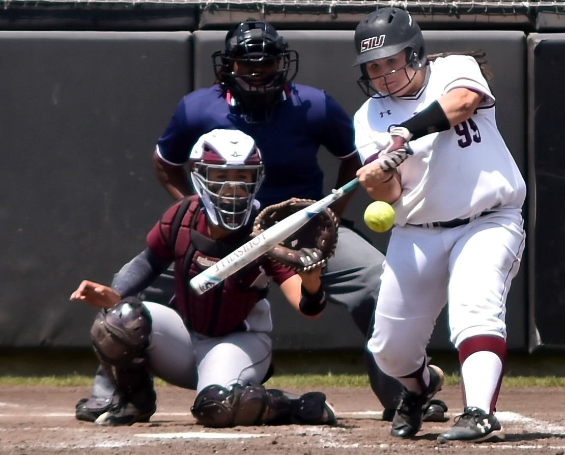 Carbondale defeats Missouri State in softball