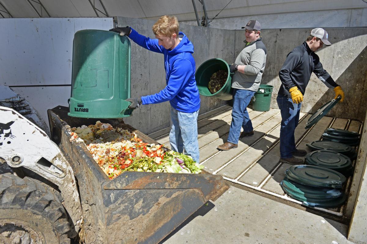 040618-nws-composting-1.jpg