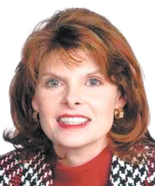 Furst Bowe Julie SIUE Chancellor.jpg