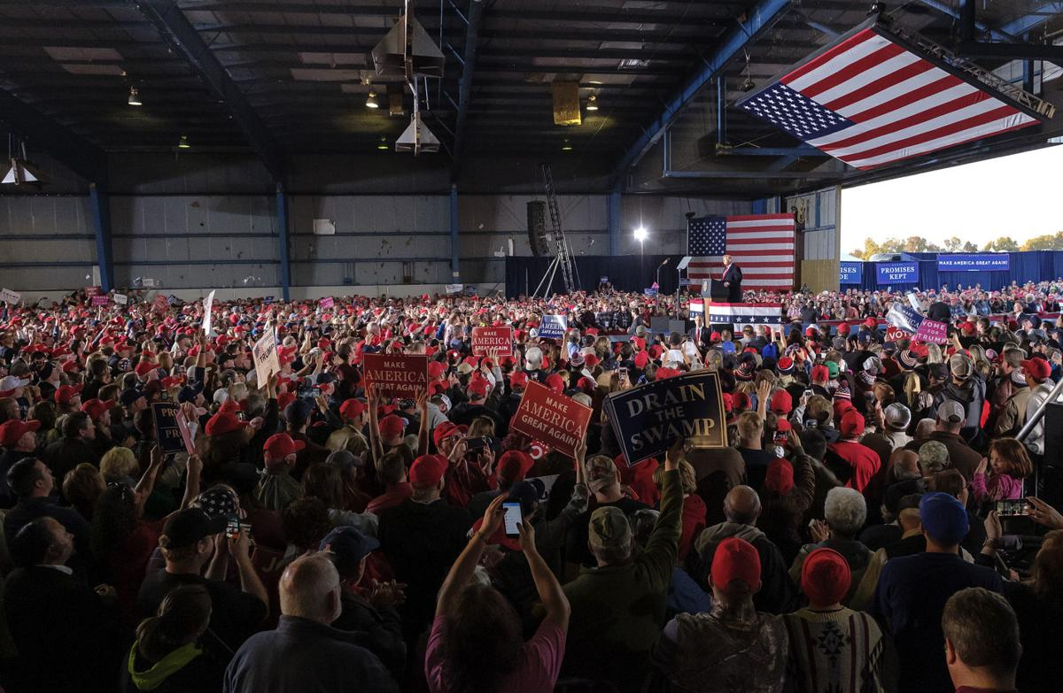 Photos: President Trump hosts rally in Southern Illinois