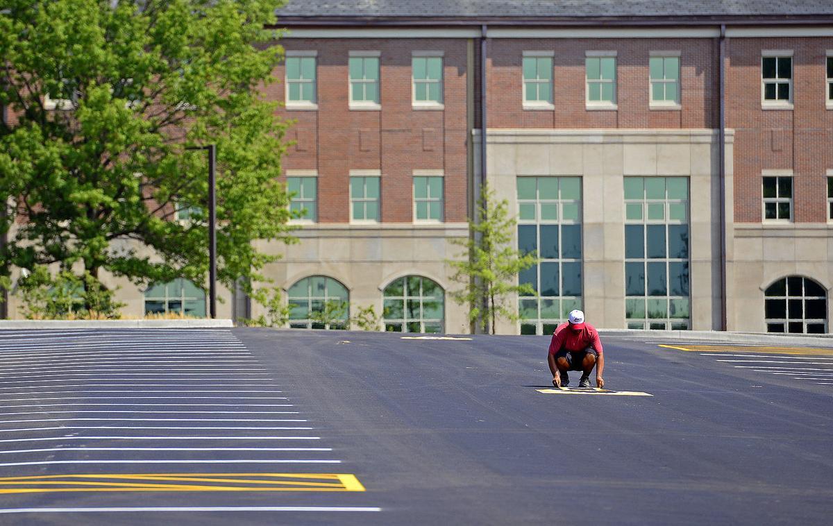 072915-nws-parking-painting.jpg