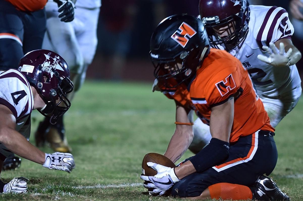 Prep football: Herrin defeats Benton