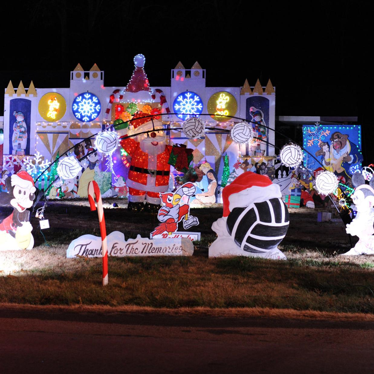 The Great Christmas Light Fight 2019.Candy Cane Lane To Be Featured On Great Christmas Light