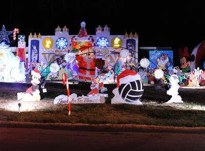 Christmas Lane 2019 Candy Cane Lane to be featured on 'Great Christmas Light Fight' in