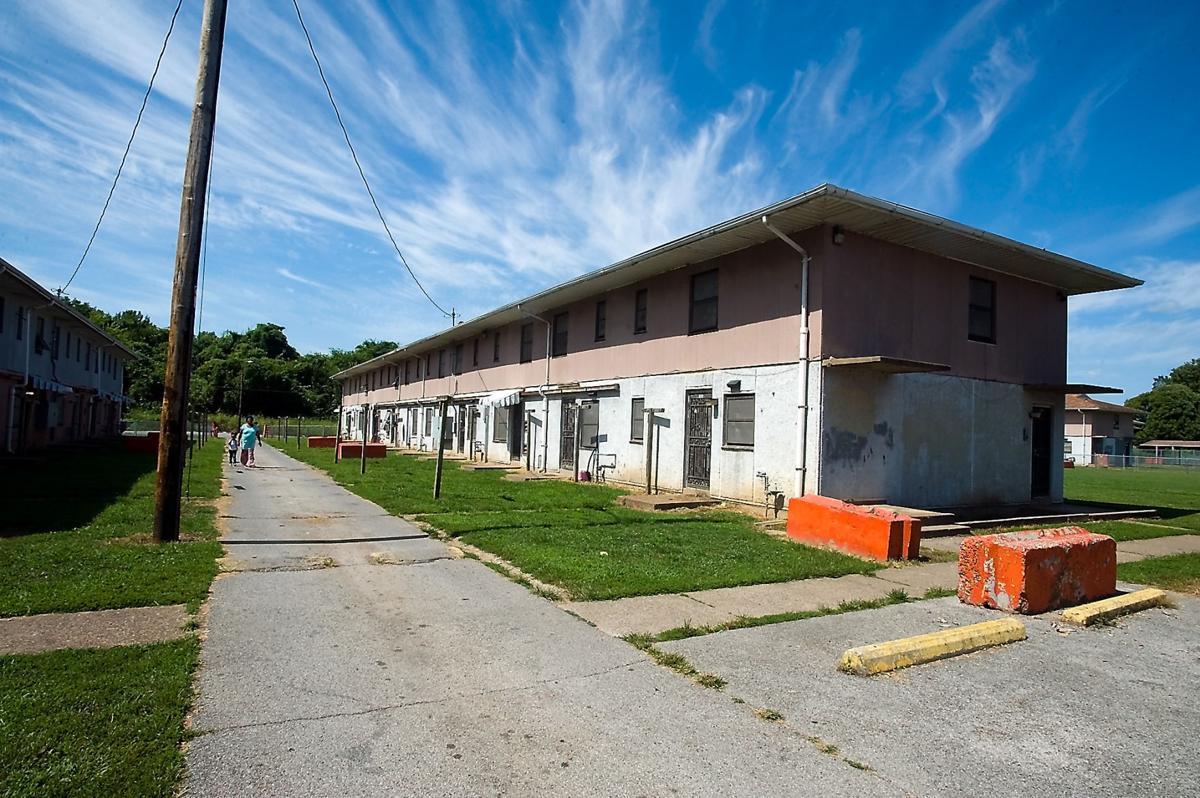 082315-nws-housing