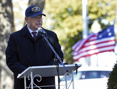 111117-nws-cdale-veterans-3.jpg
