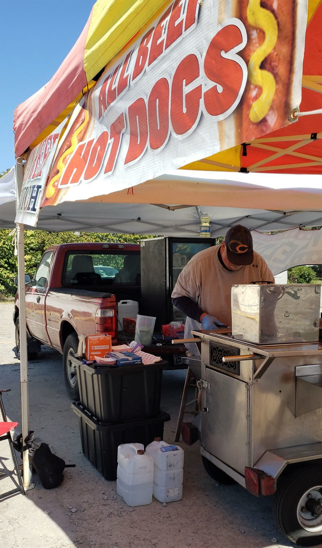 101019-nws-hot-dogs-01.jpg