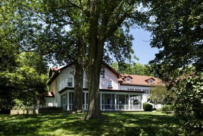 Gillett House