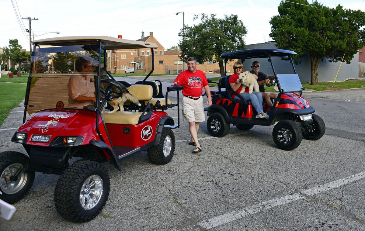 080115-nws-golf-carts-2.jpg