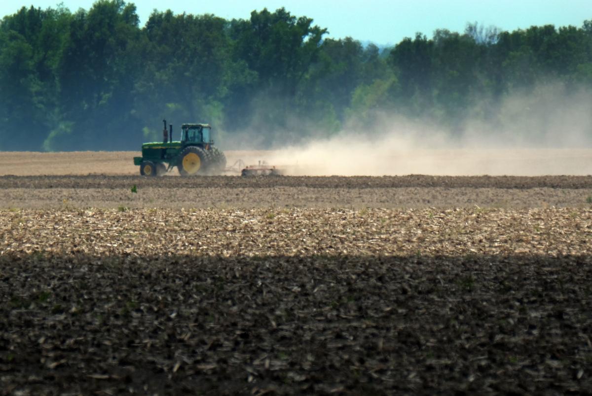 051717-nws-farming-1.jpg