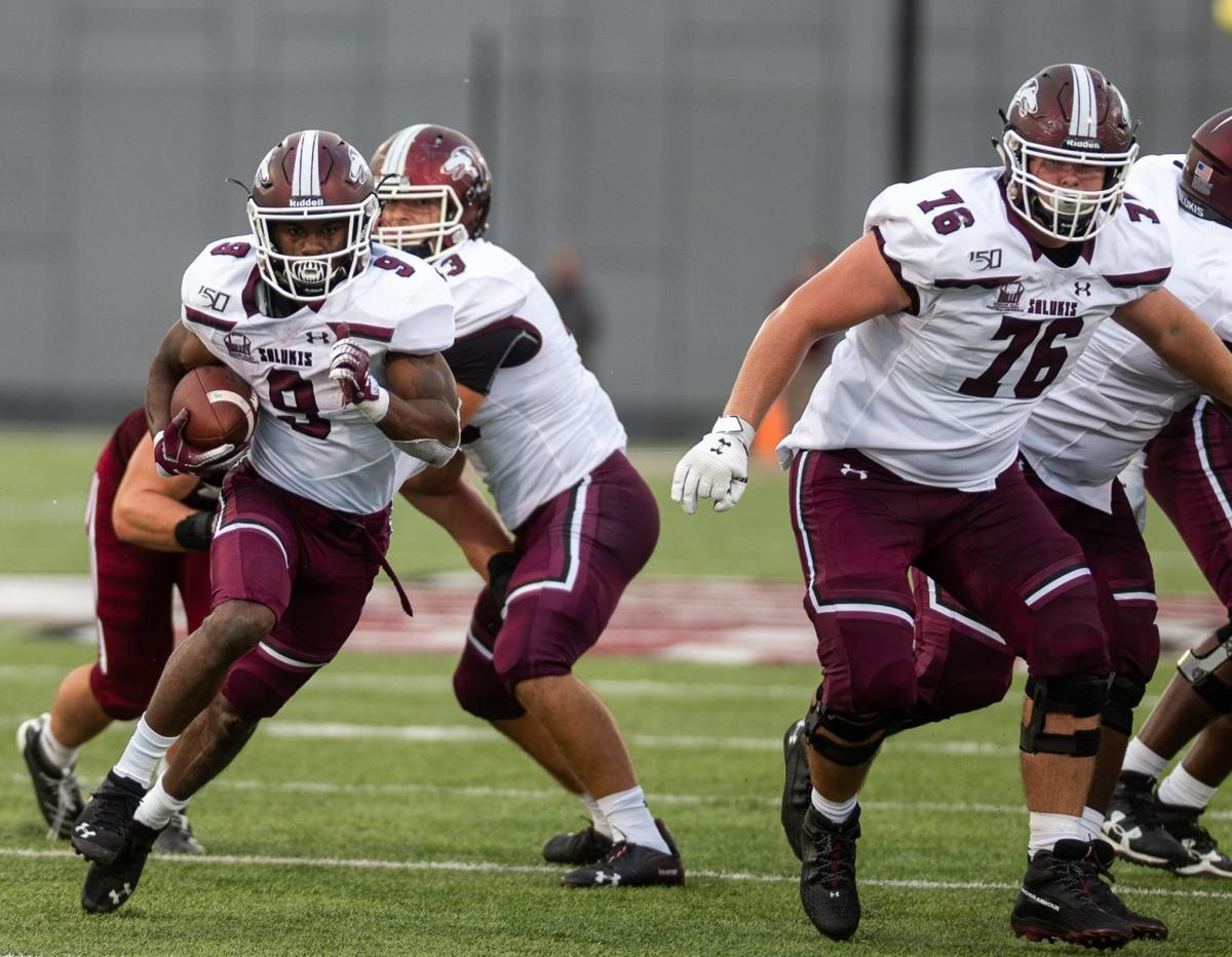 SIU UMass Football