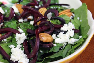 Recipe | Spiralized Beet Salad with Balsamic Dressing