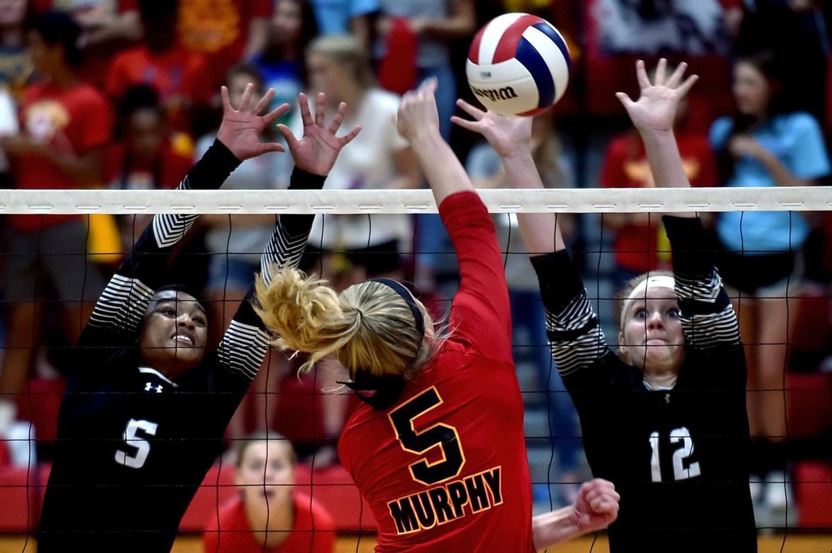 Murphysboro volleyball hosts Carbondale