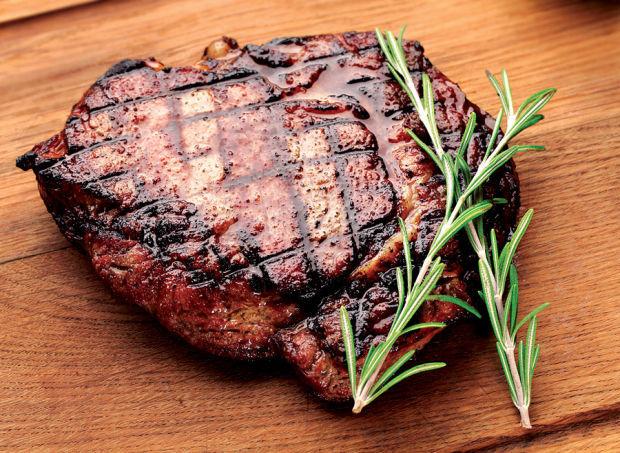 0612 TASTE steak for dad