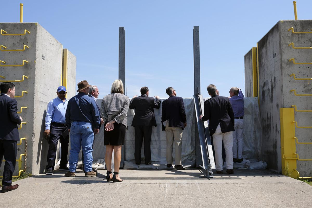 Leaders discuss future Mississippi River Port